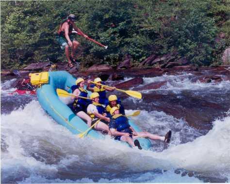 Source: http://1.bp.blogspot.com/_UTw5MyW7OWg/TD0opkE7bXI/AAAAAAAAAP0/VvZ3v3iSWJc/s1600/white-water-rafting.jpg